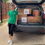 Thiếu nữ Addison, Texas gốc Á Châu quyên tặng 11,200 khẩu trang cho bệnh viện